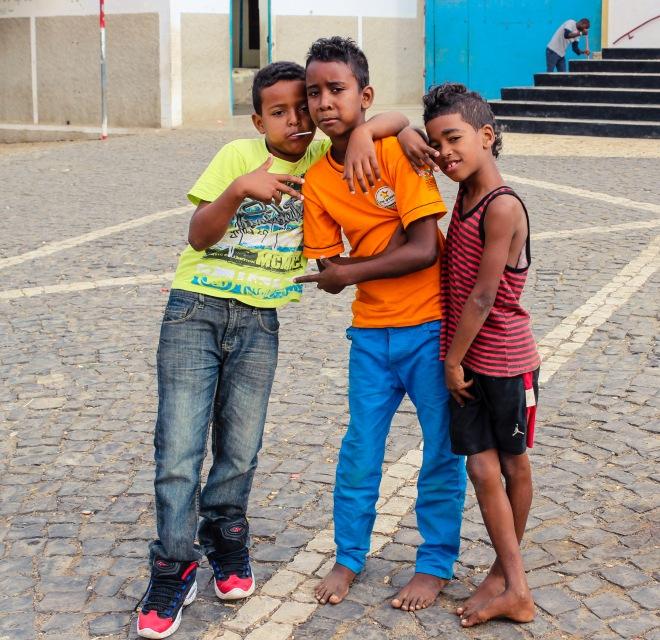 Kids in Espargos